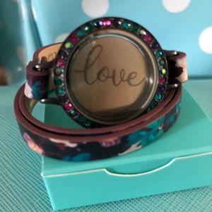 Eye Candy Floral Bracelet Set